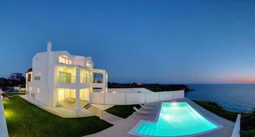 Виллы в испании на берегу моря фото аренда