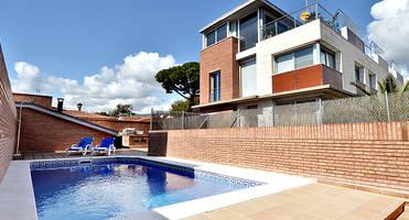 Испания аренда коттеджей