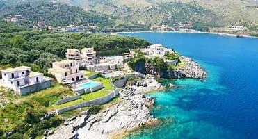 Арендовать виллу в греции коммерческая недвижимость барселона
