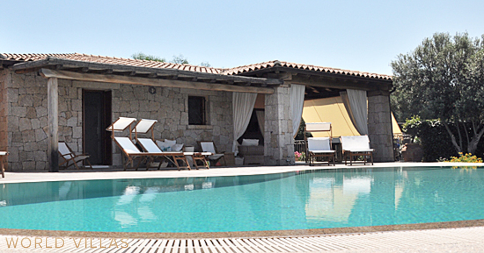 How much is a villa with pool in San Teodoro